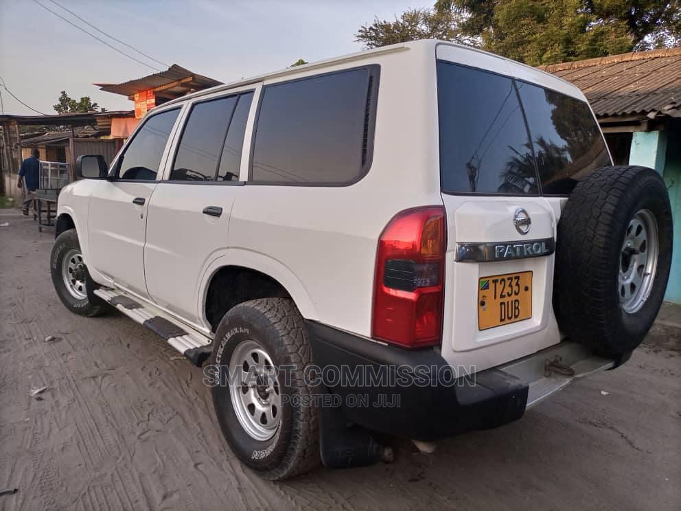 Nissan Patrol 2007 White   Cars for sale in Kinondoni, Dar es Salaam, Tanzania