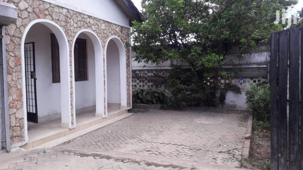 Archive: Nyumba Zinapangishwa Mikocheni/Sinza.