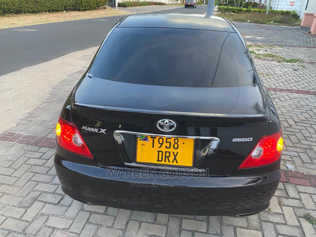 Archive: Toyota Mark X 2005 Black