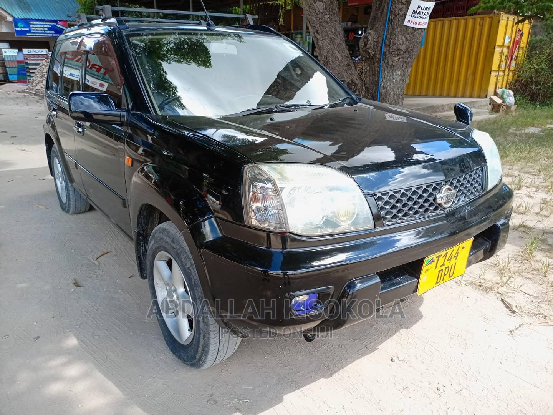 Archive: Nissan X-Trail 2002 Automatic Black