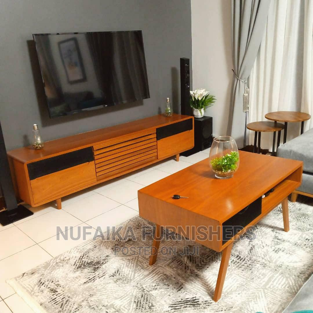 Archive: Coffee Table Na Showcase (Tv Stand)