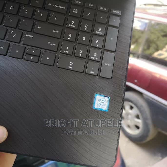 Archive: Laptop HP 15-F272wm 8GB Intel Core I5 SSD 256GB