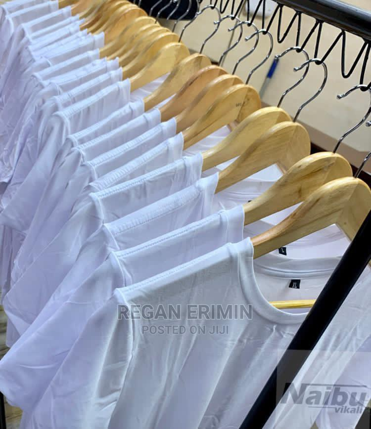 Plain T-Shirts Available in All Size