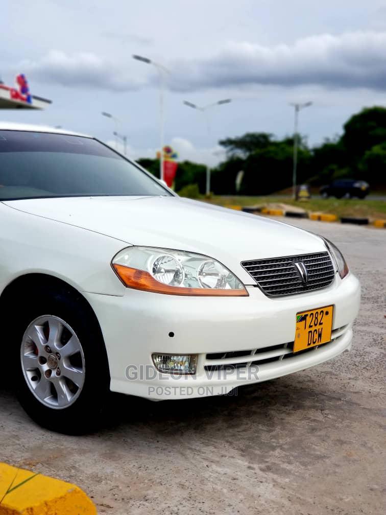 Archive: Toyota Mark II 2004 White