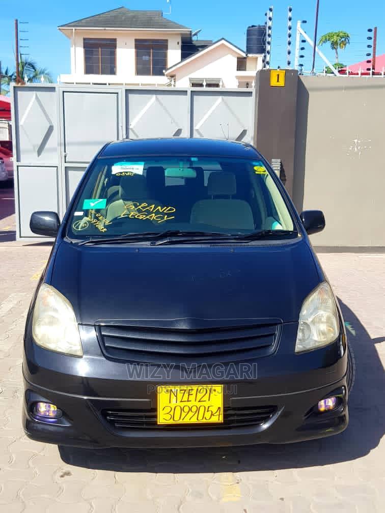 Toyota Corolla Spacio 2003 Black