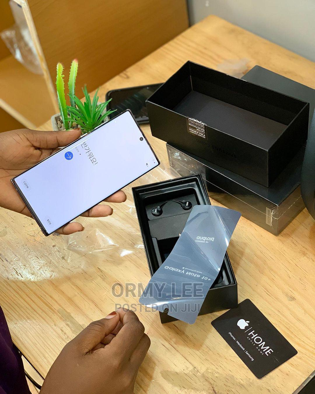 Samsung Galaxy Note 10 Plus 5G 256 GB Silver | Mobile Phones for sale in Ilala, Dar es Salaam, Tanzania