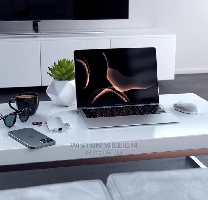 Laptop Apple MacBook 4GB Intel HDD 320GB | Laptops & Computers for sale in Kinondoni, Dar es Salaam, Tanzania