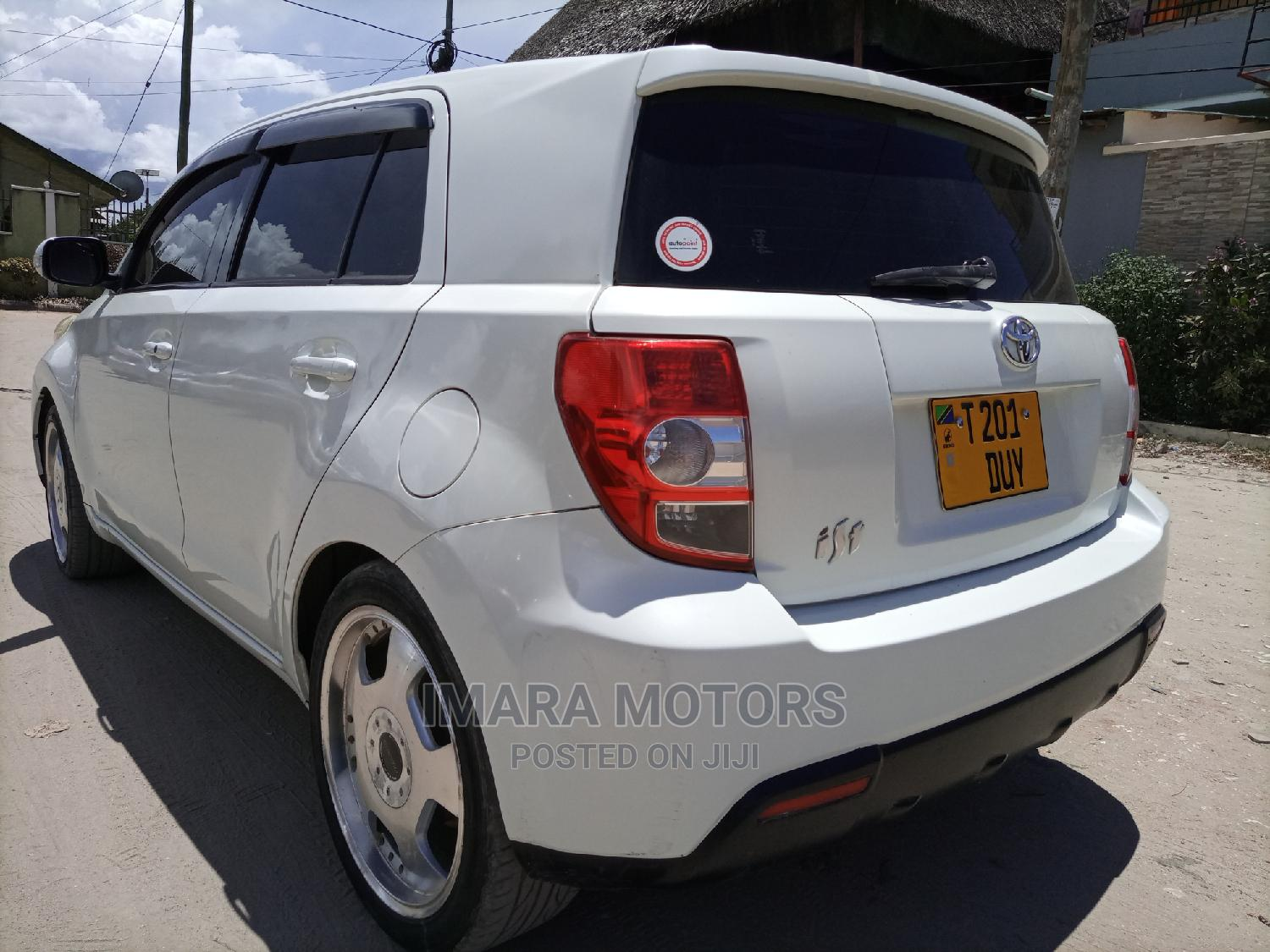 Archive: Toyota IST 2009 White