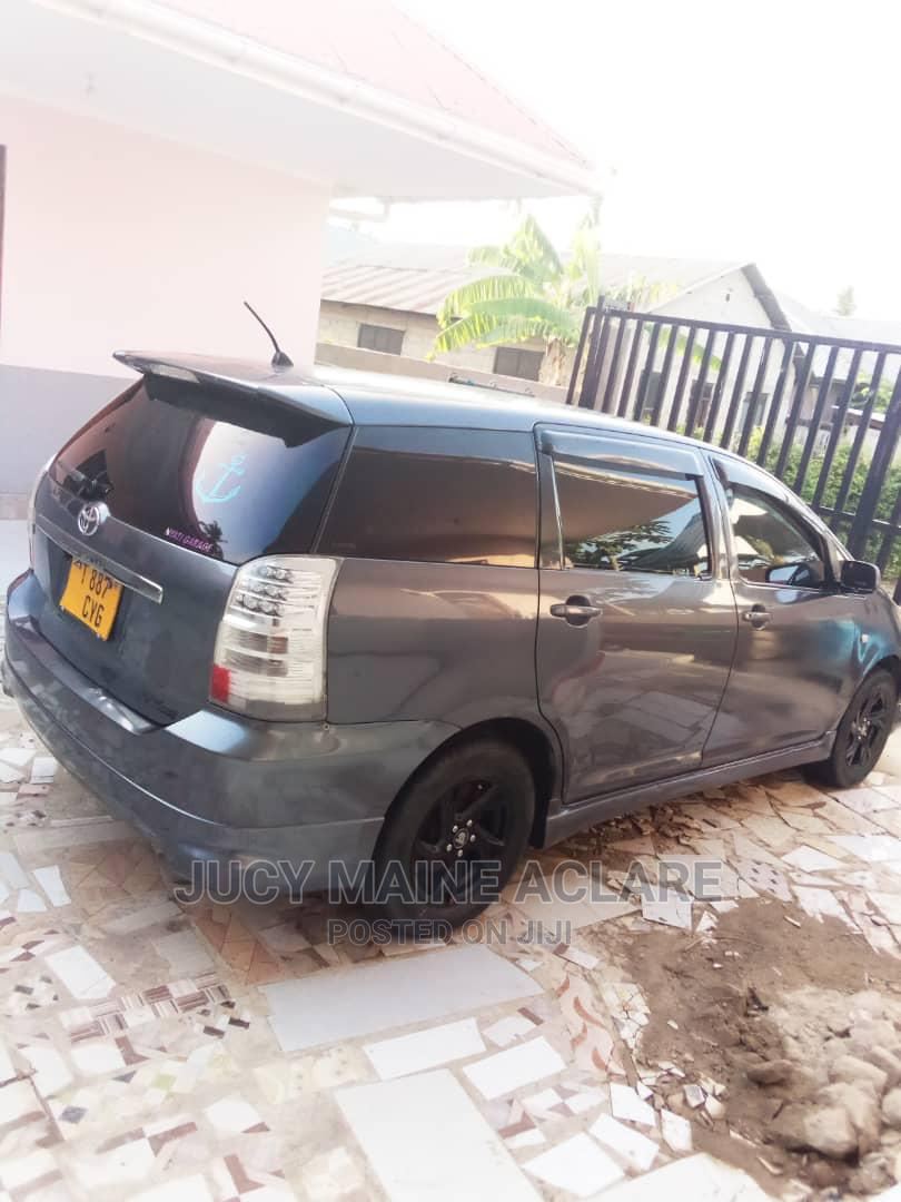 Toyota Wish 2005 Black   Cars for sale in Kinondoni, Dar es Salaam, Tanzania