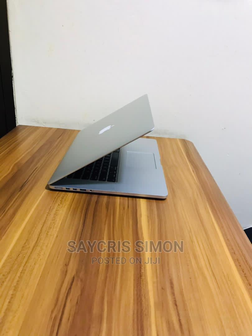 Laptop Apple MacBook 2015 8GB Intel Core I5 SSD 256GB   Laptops & Computers for sale in Ilala, Dar es Salaam, Tanzania