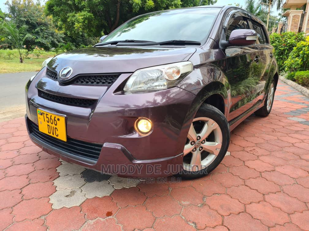 Archive: Toyota IST 2010 Brown