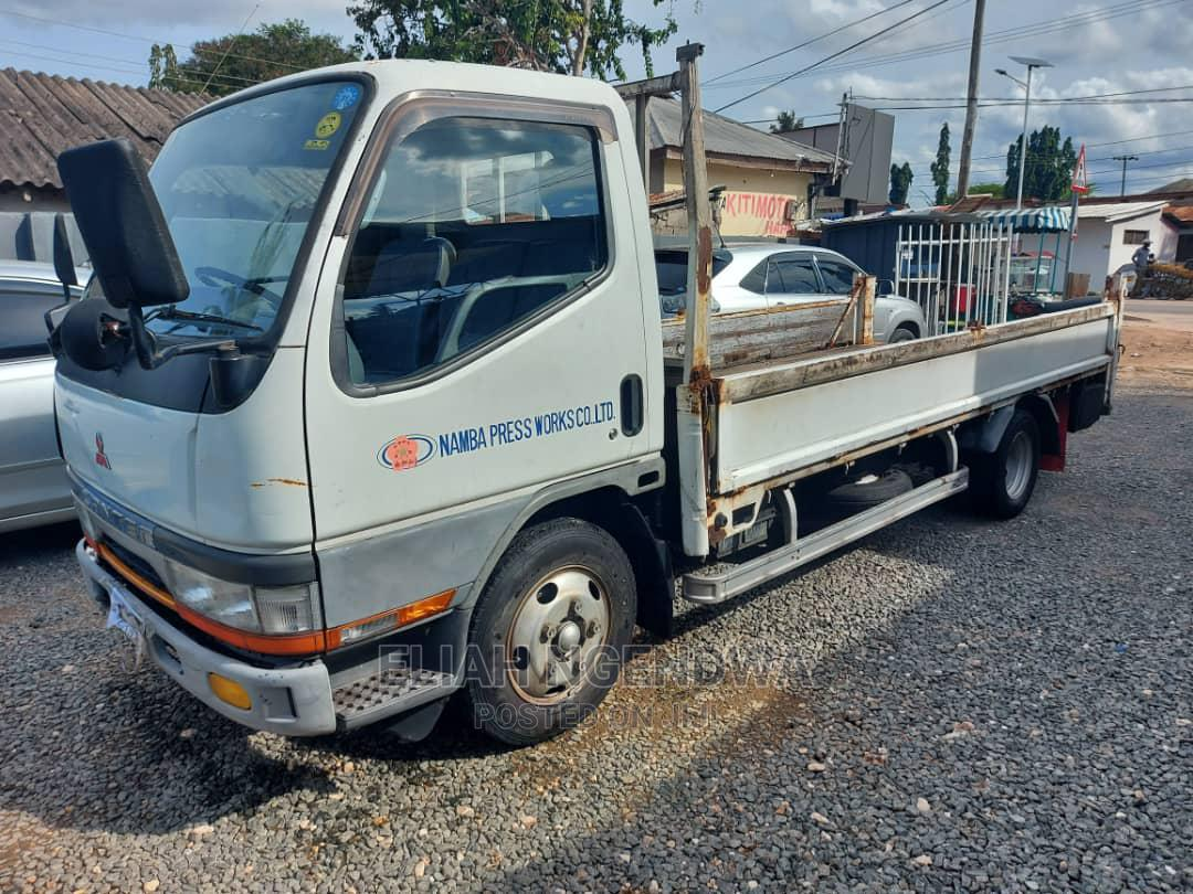 Archive: Mitsubishi Canter 1996 White