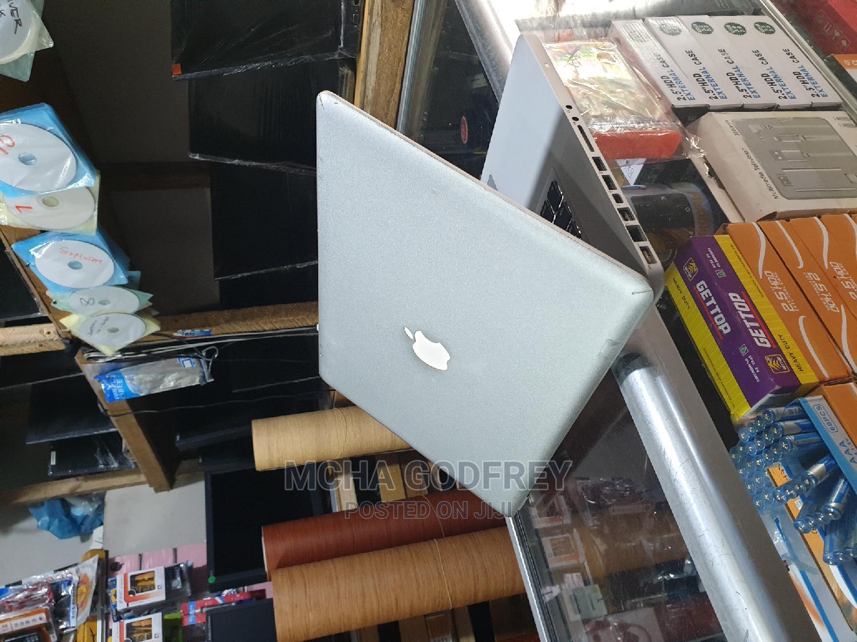 Archive: Laptop Apple MacBook Pro 2010 4GB Intel Core I5 HDD 500GB
