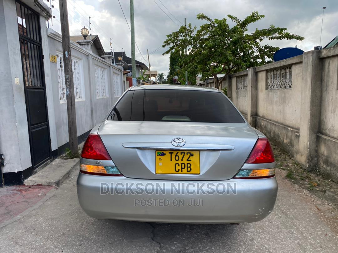 Archive: Toyota Mark II 2004 Silver
