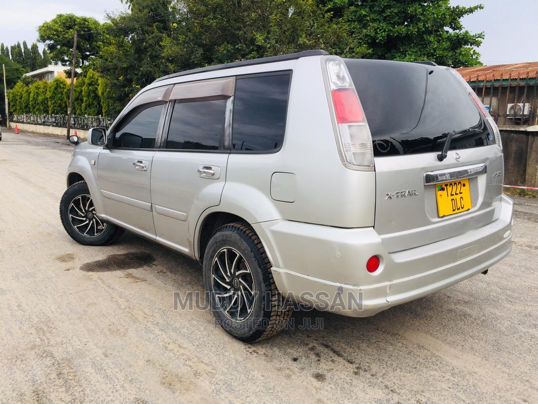 Archive: Nissan X-Trail 2003 Automatic Silver