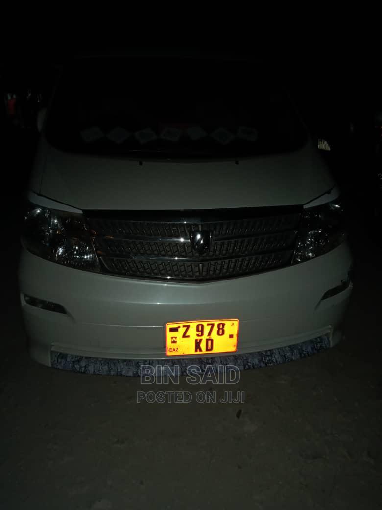 Toyota Alphard 2005 White | Cars for sale in Mjini Magharibi, Zanzibar, Tanzania