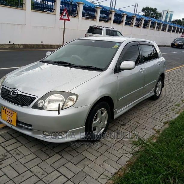 Archive: Toyota Corolla RunX 2002 Silver