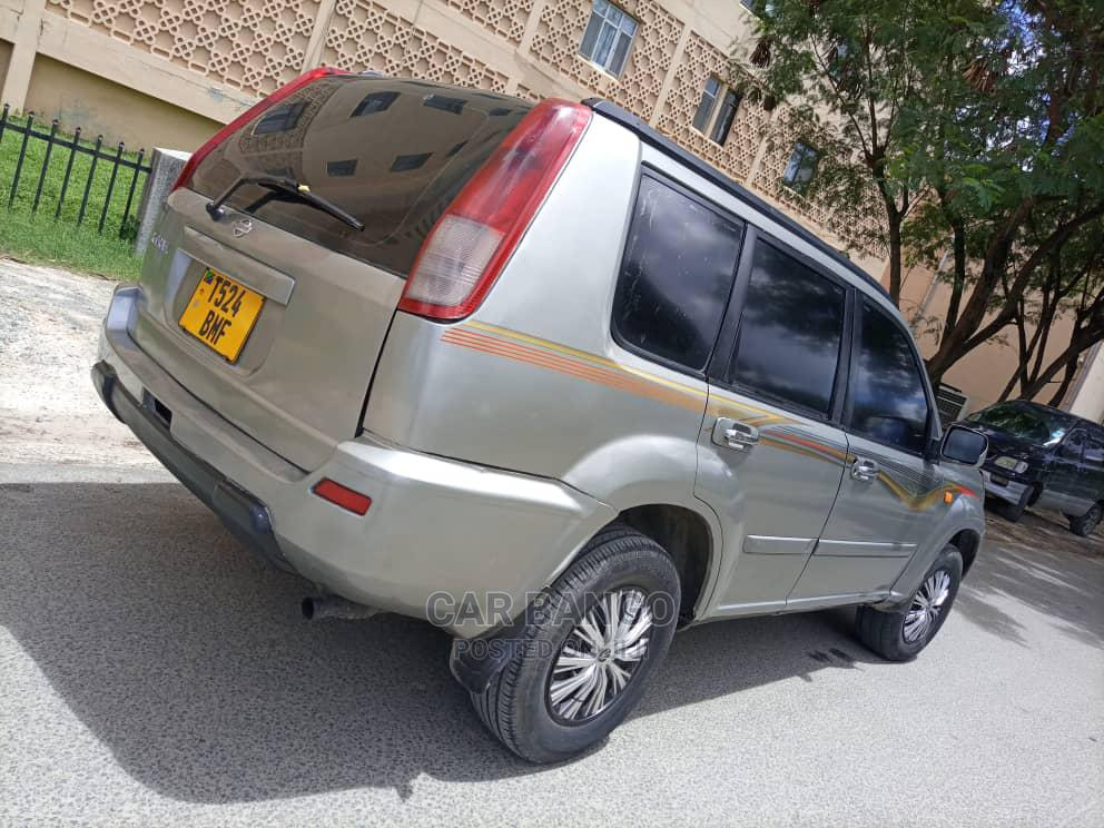 Archive: Nissan X-Trail 2002 Silver