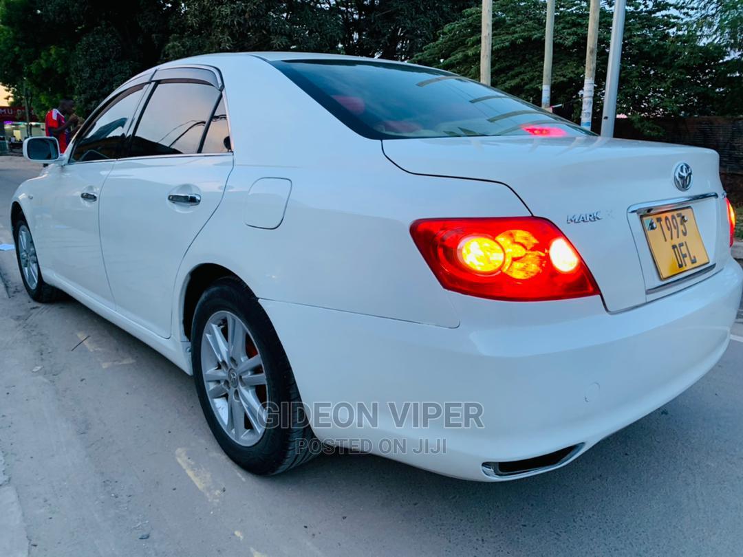 Archive: Toyota Mark X 2005 White