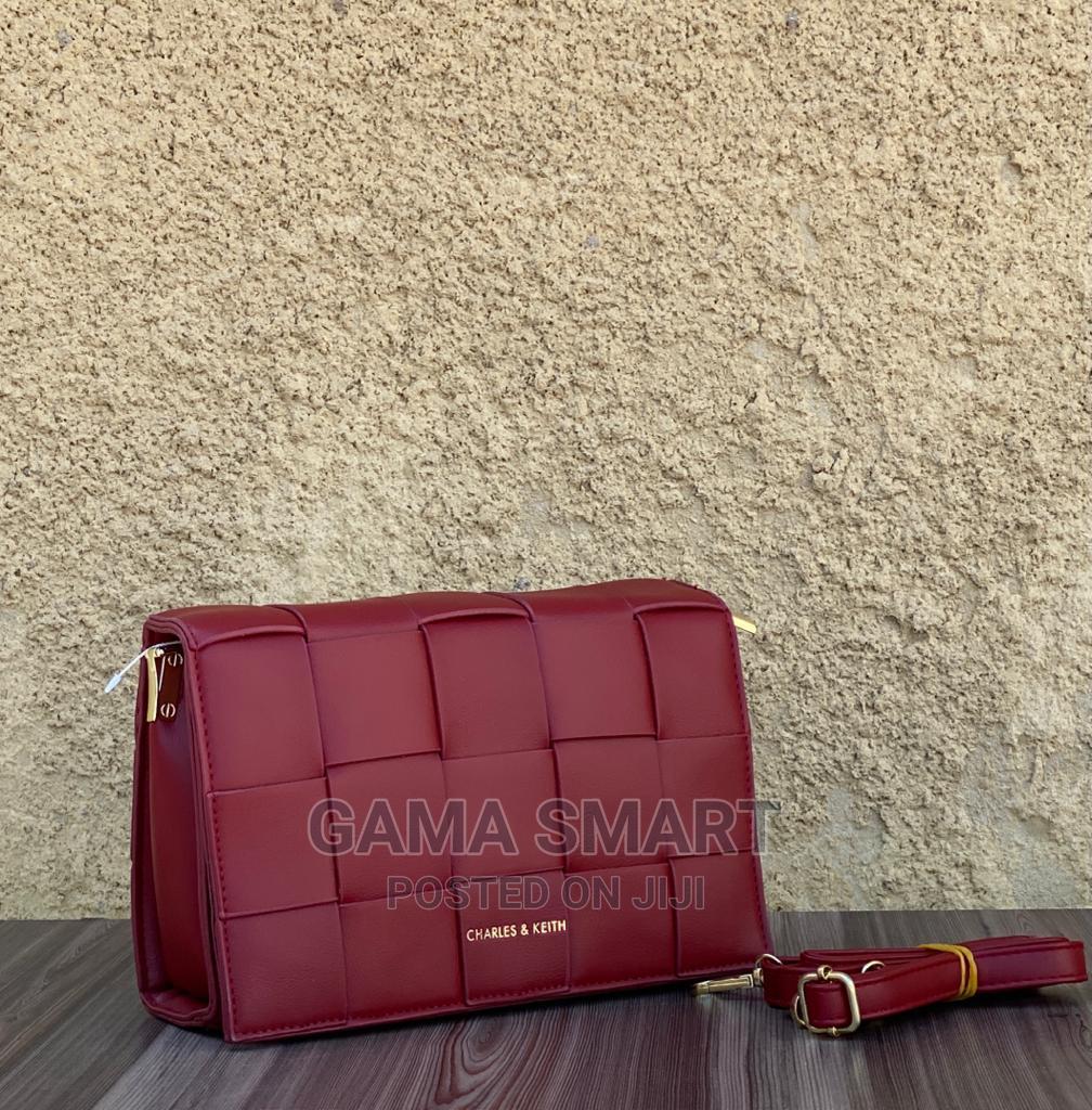 Archive: Hand Bag Gama Smart
