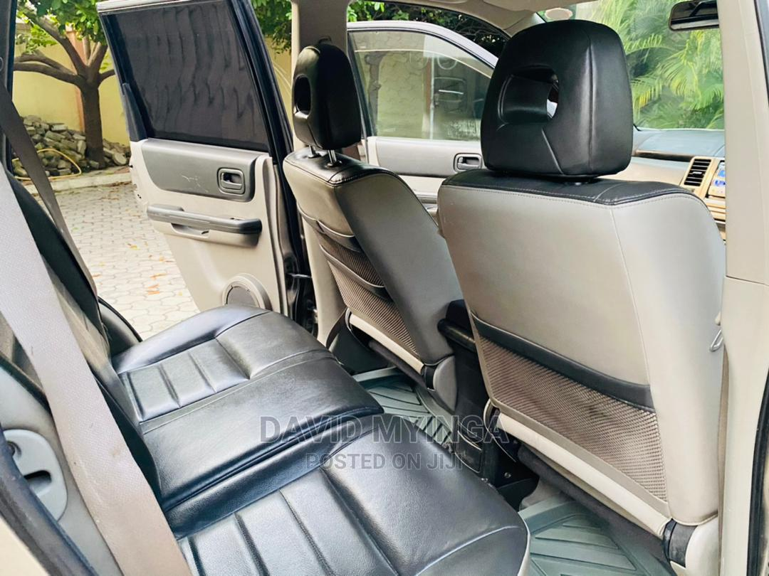 Nissan X-Trail 2006 Silver | Cars for sale in Kinondoni, Dar es Salaam, Tanzania