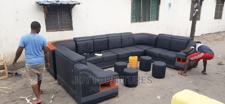 L Shape Design (10 Seats )