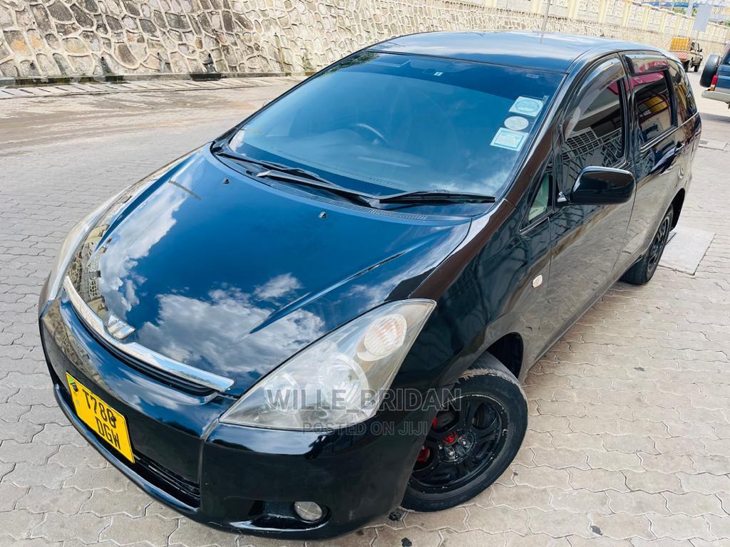 Archive: Toyota Wish 2003 Black