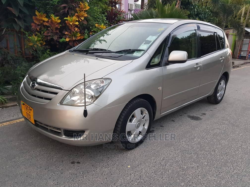 Archive: Toyota Corolla Spacio 2007 Silver