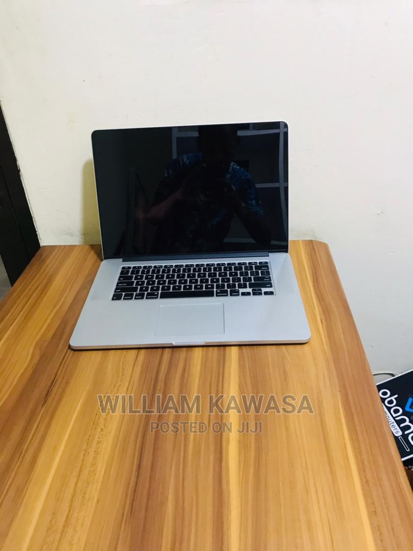 New Laptop Apple MacBook Pro 2015 16GB Intel Core I7 SSD 256GB