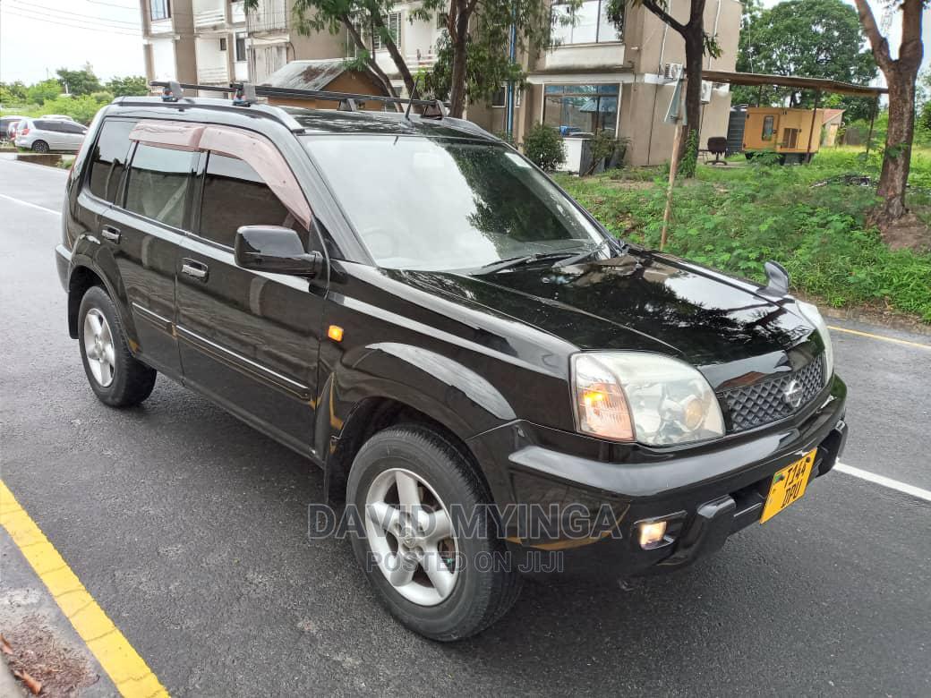 Nissan X-Trail 2001 Black