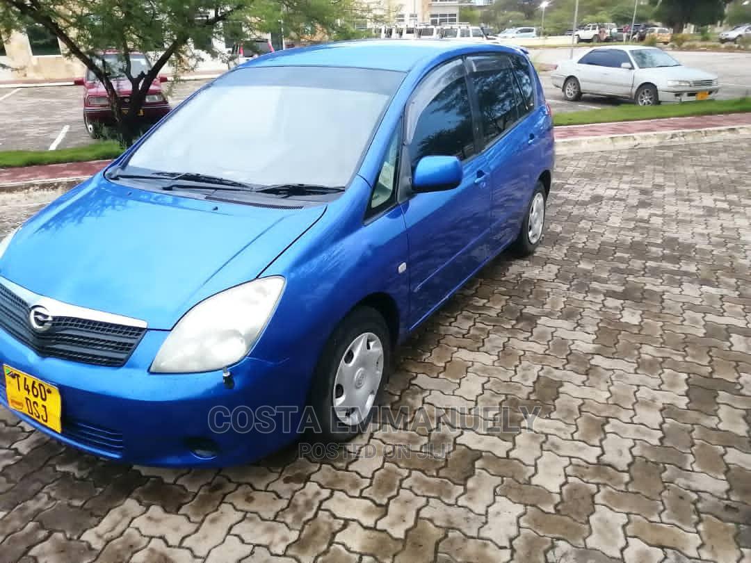 Toyota Corolla Spacio 2003 Blue