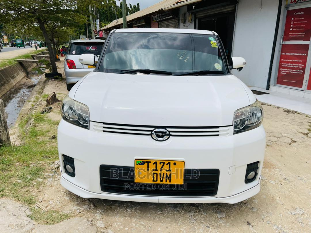 Toyota Corolla Rumion 2008 Hatchback 1.5 FWD White