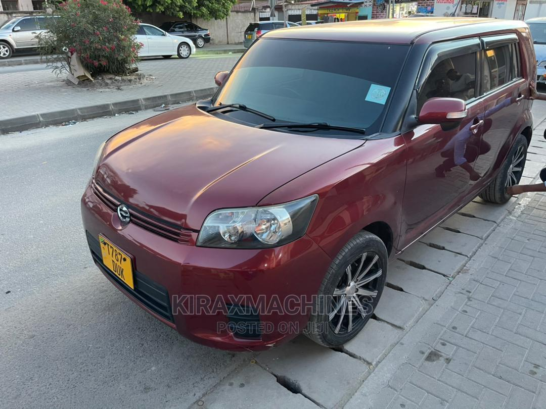 Toyota Corolla Rumion 2007 Red