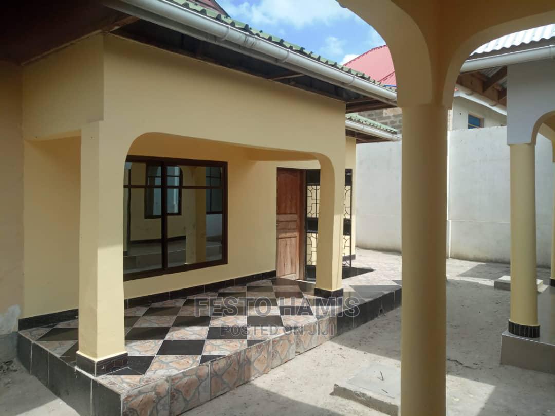 Apartment for Rent at Mbezi Mwisho via Malamba Mawili Road | Houses & Apartments For Rent for sale in Mbezi, Kinondoni, Tanzania