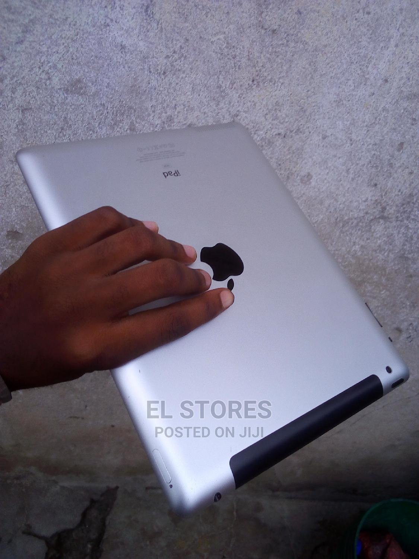 Archive: Apple iPad Air 2 16 GB Silver