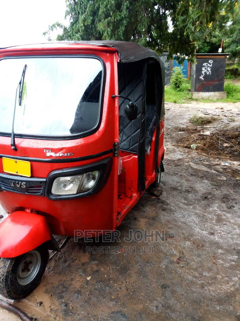 New TVS Apache 180 RTR 2020 Red