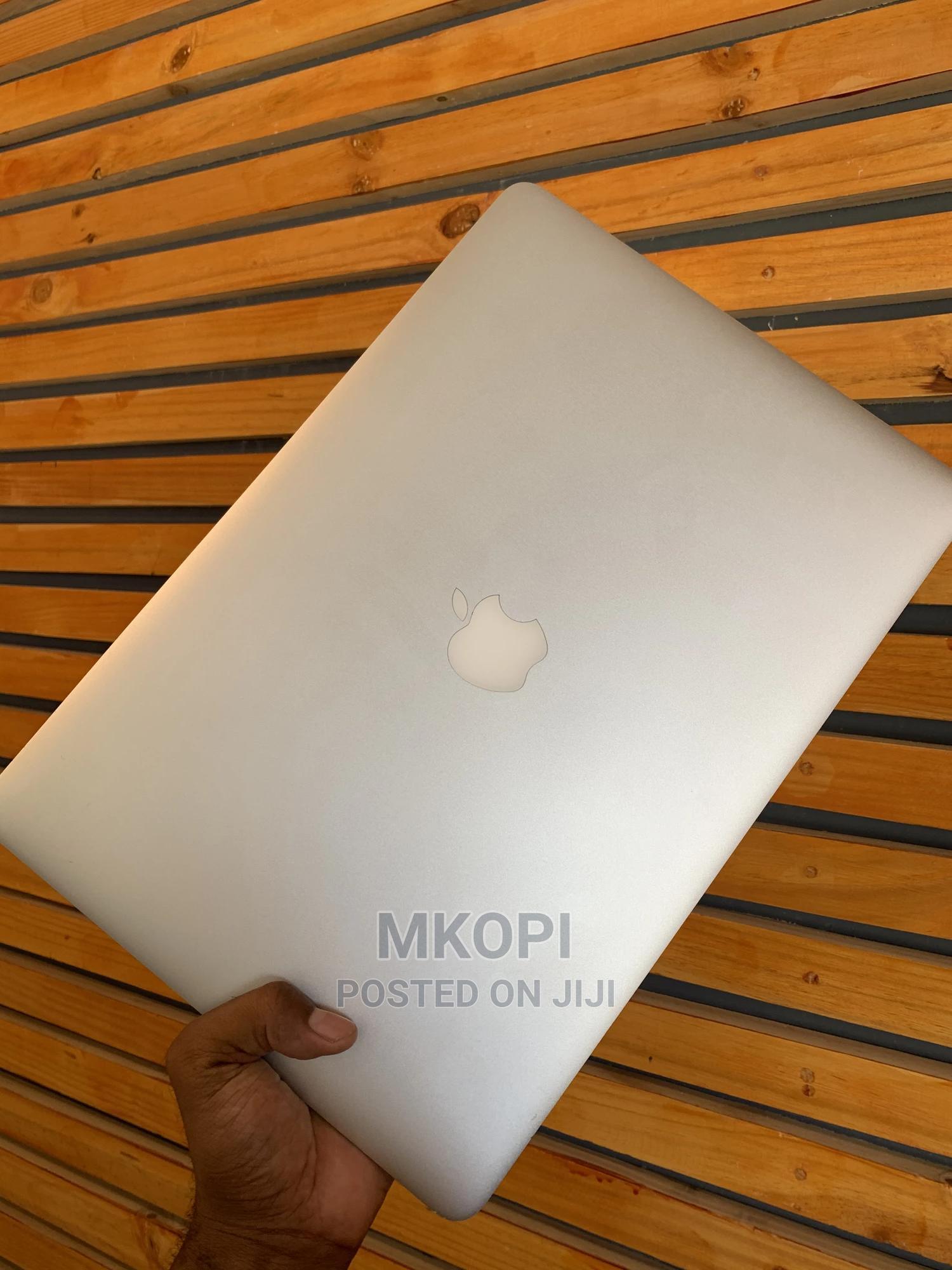 Laptop Apple MacBook Pro 2013 8GB Intel Core I5 SSD 256GB | Laptops & Computers for sale in Kinondoni, Dar es Salaam, Tanzania